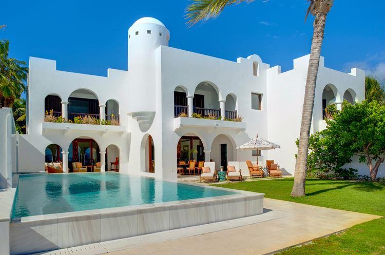 Курортный отель Belmond Cap Juluca на Карибах: бассейн