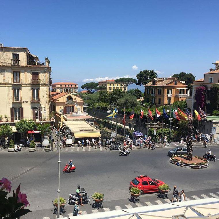 Курортные города Италии на побережье: Сорренто