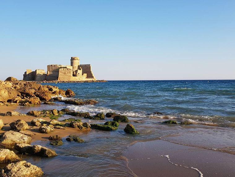 Курортные города Италии на побережье: Кротоне