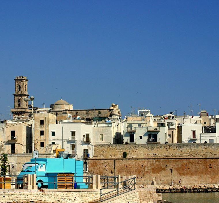 Курортные города Италии на побережье: Монополи