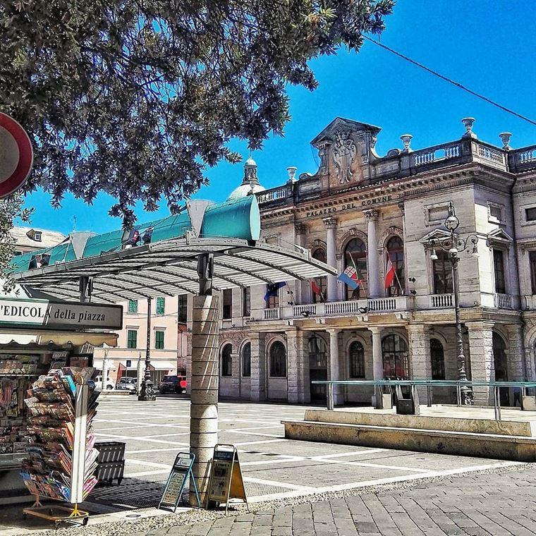 Курортные города Италии на побережье: Савона