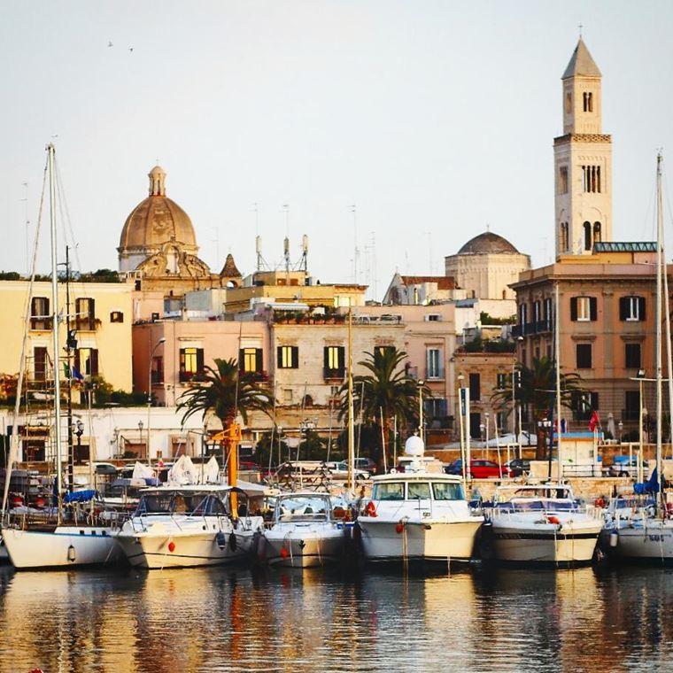 Курортные города Италии на побережье: Бари