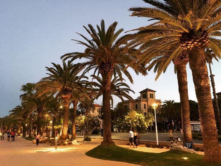 Курортные города Италии на побережье: Сан-Бенедетто-дель-Тронто
