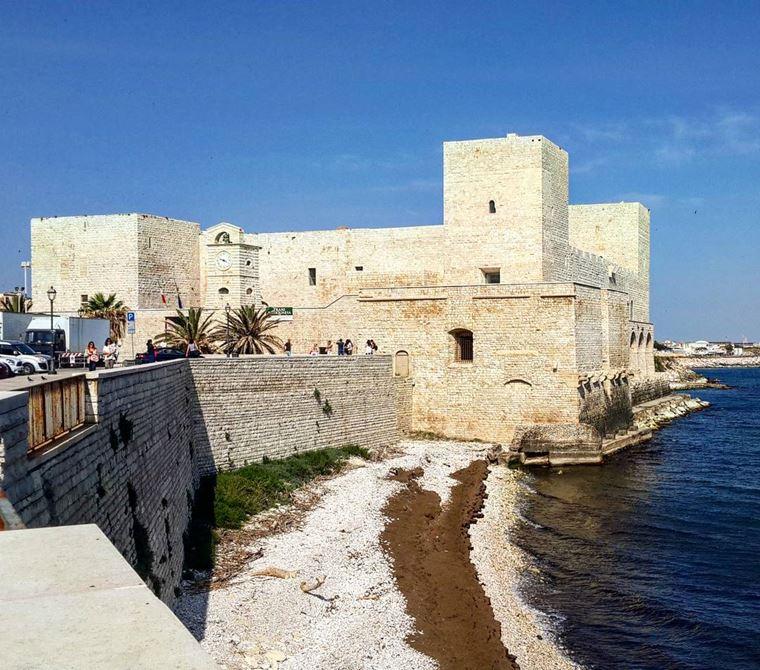 Курортные города Италии на побережье: Барлетта