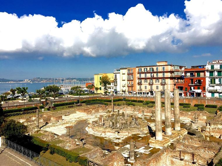 Курортные города Италии на побережье: Поццуоли