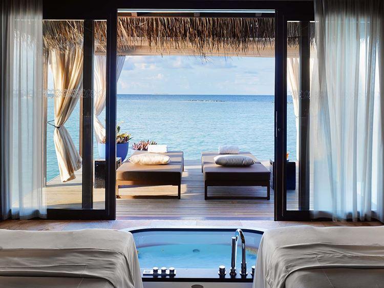 Курортный отель Velaa Private Island Maldives - спа-пространство