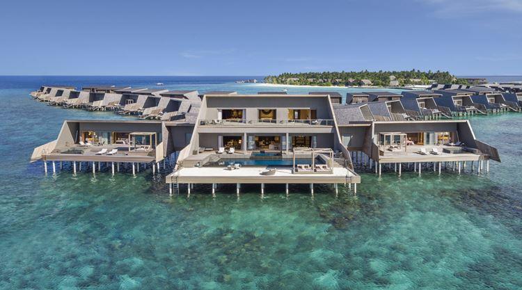 St. Regis Maldives Vommuli - виллы на воде