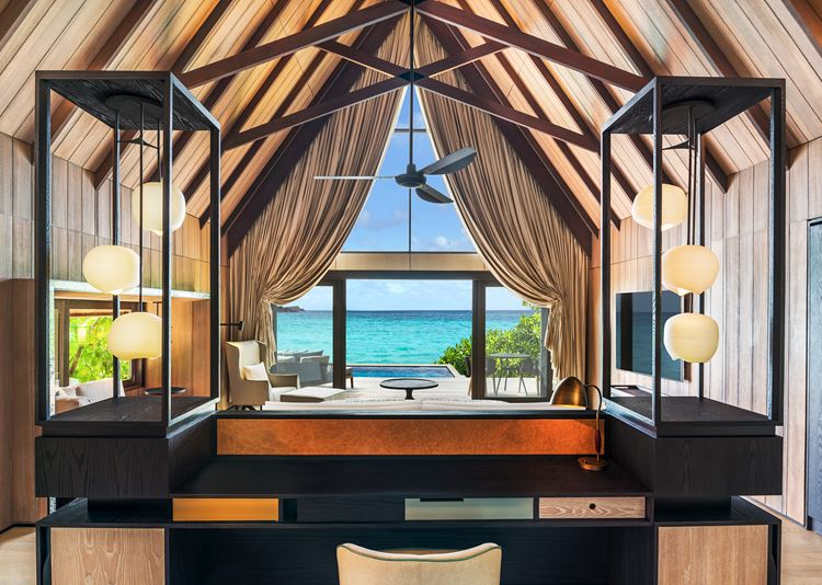 St. Regis Maldives Vommuli - деревянный интерьер