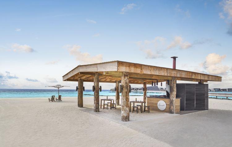 St. Regis Maldives Vommuli - деревянная архитектура