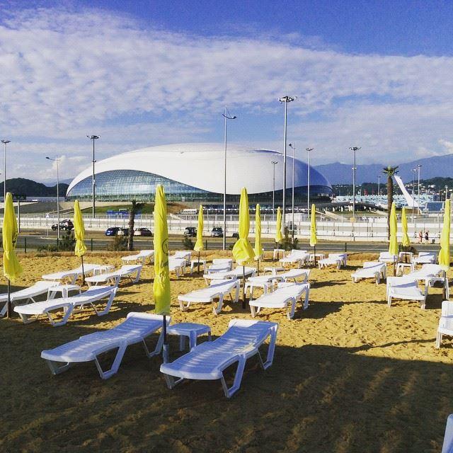 Адлер: фото города и пляжей - Песчаный пляж Иметеринской бухты