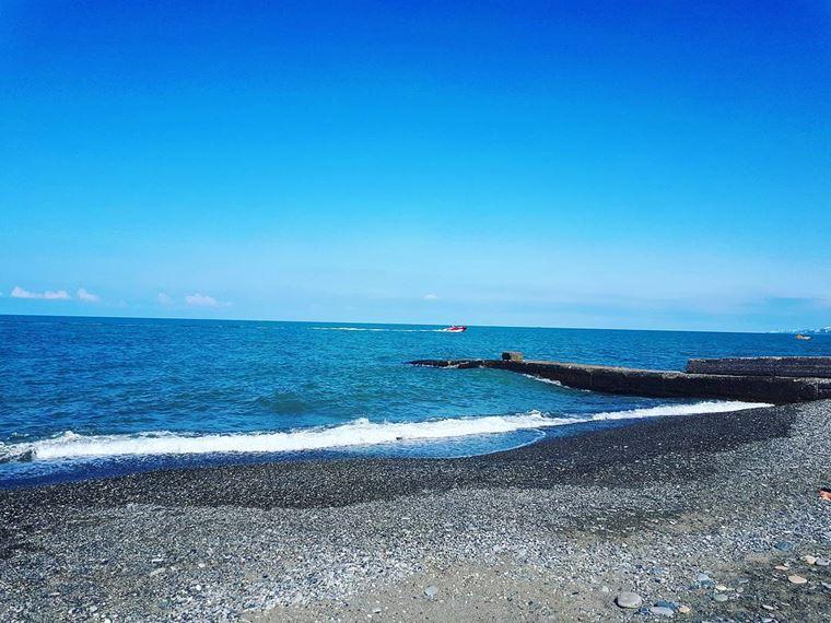 Адлер: фото города и пляжей - Адлерский галечный пляж