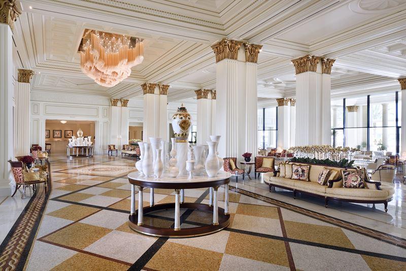 Palazzo Versace Dubai - роскошный зал