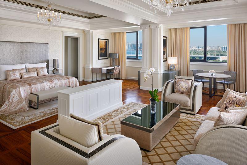 Palazzo Versace Dubai - интерьер номера