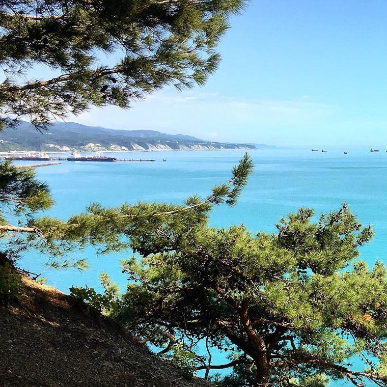 Туапсе: фото города и пляжа - морской пейзаж