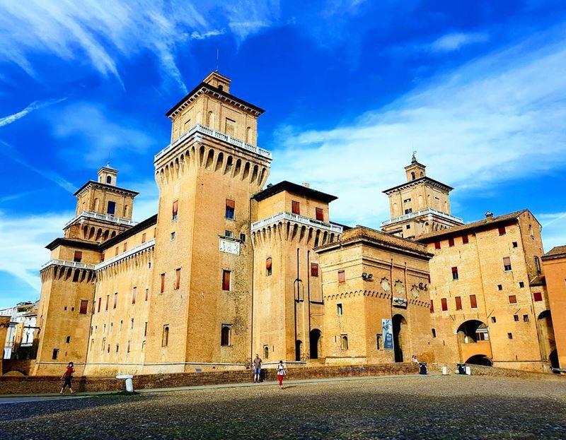 Города северной Италии: архитектура Феррары (регион Эмилия-Романья)