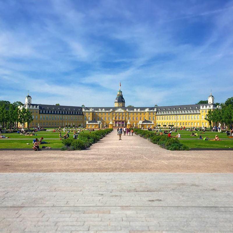 Красивые города юга Германии: Карлсруэ - большой дворец