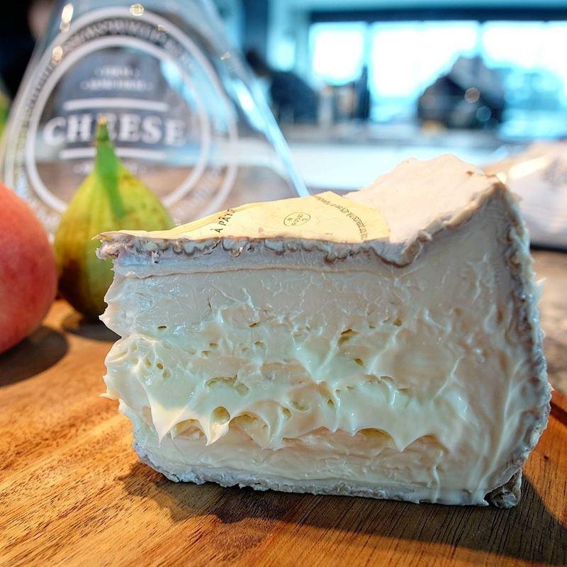 Сорта французского сыра - Делис де Бургонь, мягкий с серо-белой плесенью