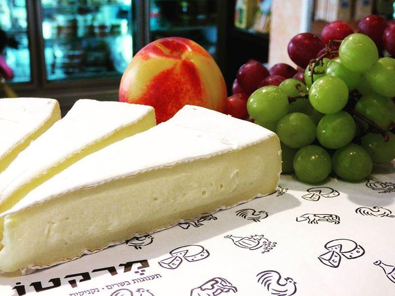 Сорта французского сыра - Бри - мягкий сливочный с белой корочкой