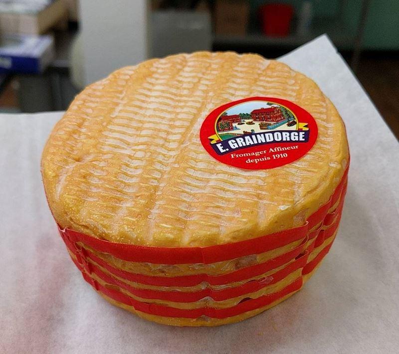 Сорта французского сыра - Ливаро, оранжевый с промытой корочкой