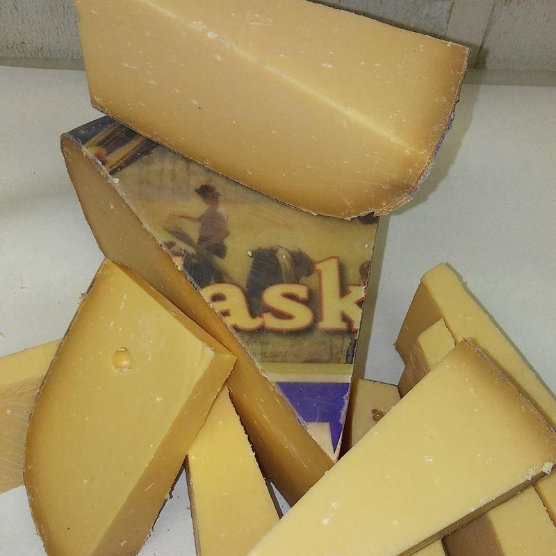 Сорта голландского сыра - Власкаас - полутвердый, сладко-сливочный
