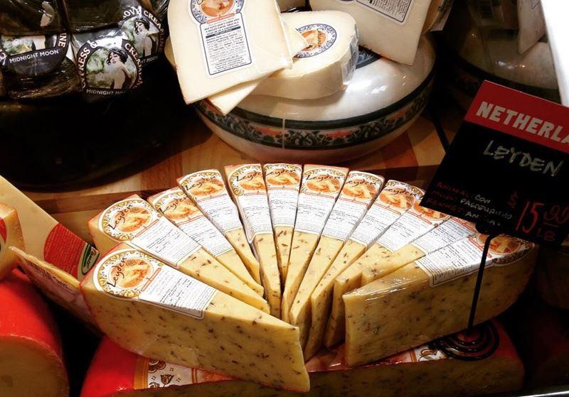 Сорта голландского сыра - Лейден - полутвердый с приправами, пряный, острый