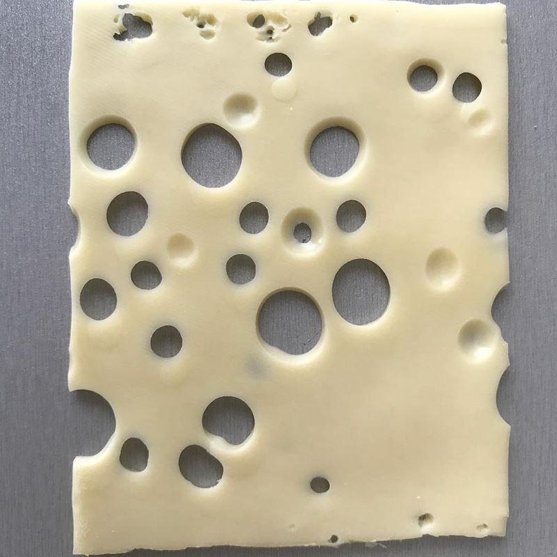 Сорта голландского сыра - Маасдам - полутвердый с большими дырками