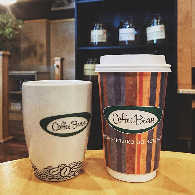 Кофейни Москвы: «Coffee Bean» - кружка и стакан кофе с логотипом
