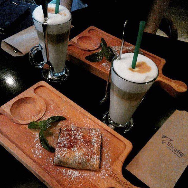 Кофейни Санкт-Петербурга: «Sicaffe» - два стакана латте/рафа с пирожными