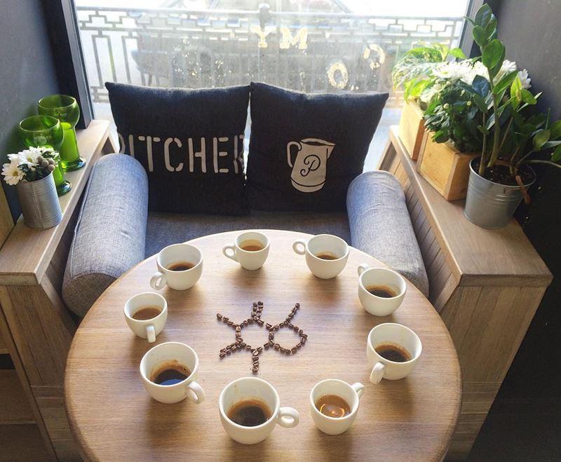 Кофейни Санкт-Петербурга: «Pitcher» - несколько чашек эспрессо