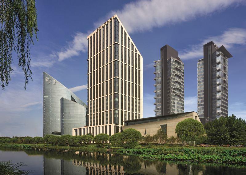 Bulgari Hotel Beijing - архитектура отеля в Пекине, Китай