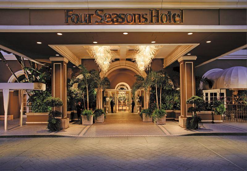 Отельная сеть Four Seasons
