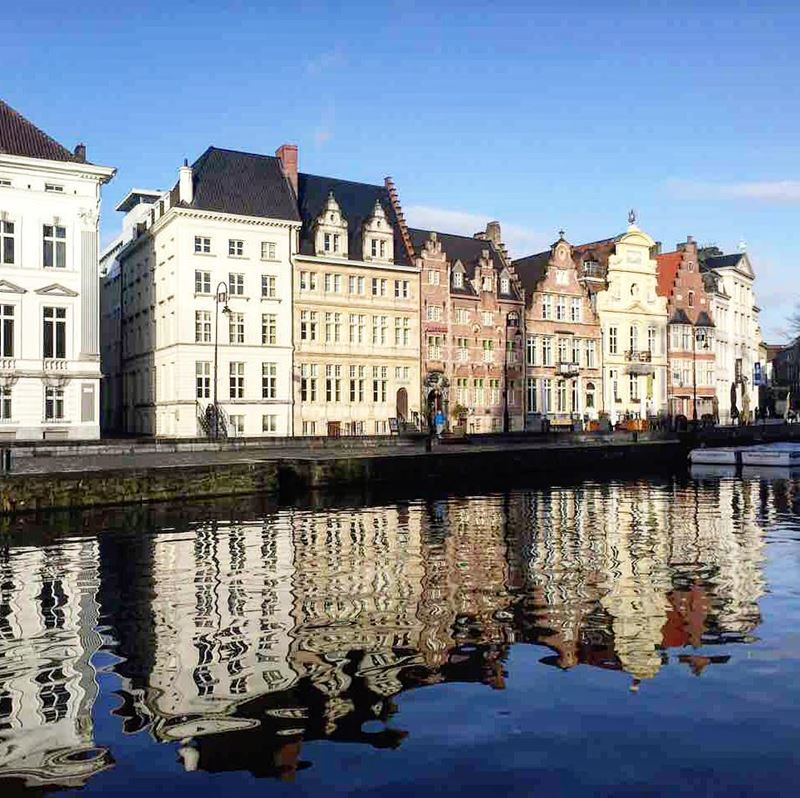 Красивые города Бельгии: Набережная Коренлей в Генте