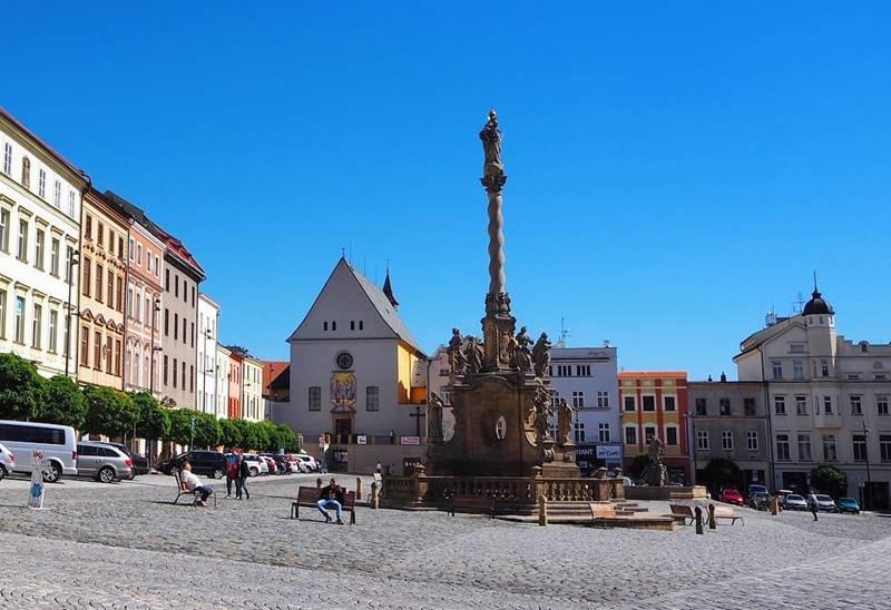 Красивые города Чехии: Верхняя площадь Оломоуца