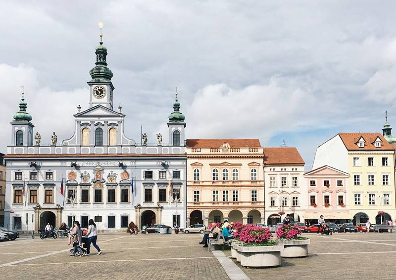 Красивые города Чехии: городская площадь Ческе-Будеёвице