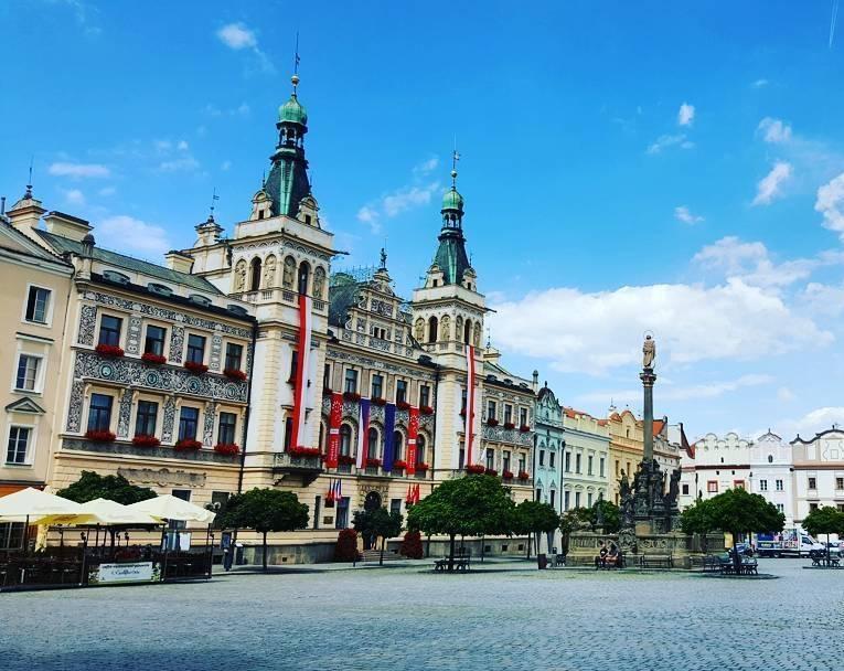 Красивые города Чехии: республиканская площадь в Пардубице