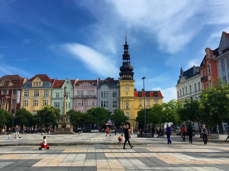 Красивые города Чехии: Площадь имени Масарика в Остраве