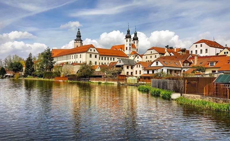 Красивые города Чехии: Тельч - живописный город-музей