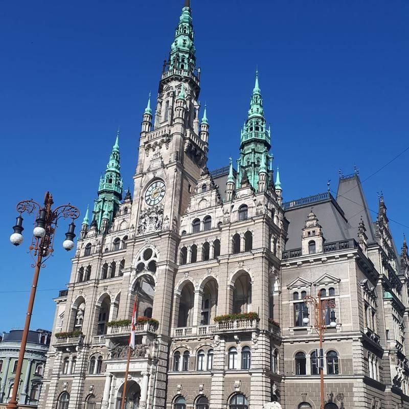 Красивые города Чехии: Либерецкая ратуша
