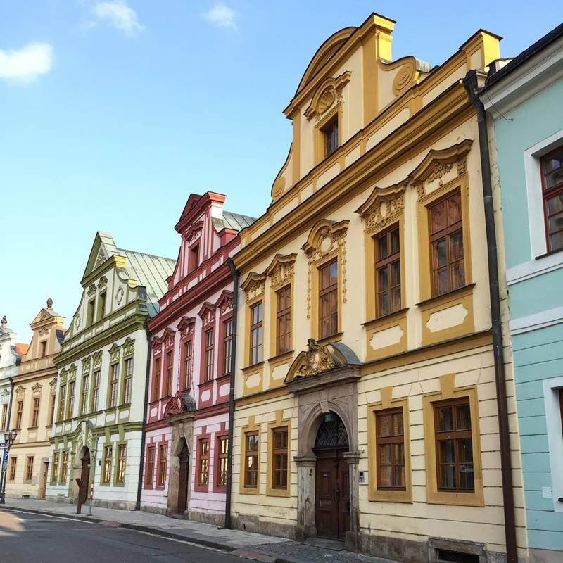 """Красивые города Чехии: """"пряничные"""" домики Градец-Кралова"""