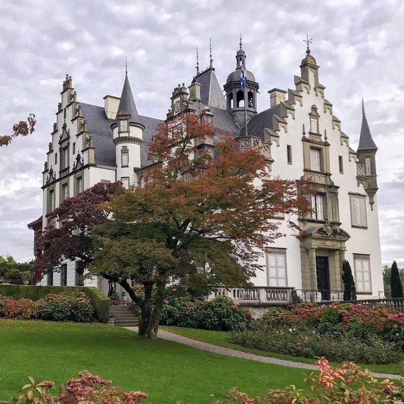 Красивые города Швейцарии: замок Меггенхорн недалеко от Люцерна
