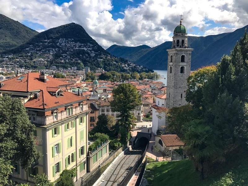 Красивые города Швейцарии: Лугано - вид на горы и озеро