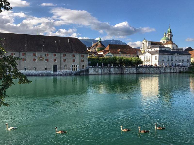 Красивые города Швейцарии: Золотурн и вид на озеро