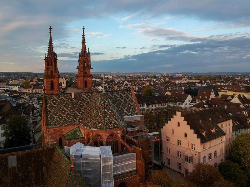 Красивые города Швейцарии: Базель - вид сверху на город