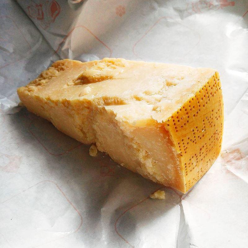 Сорта итальянского сыра: Пармезан/Пармиджано-Реджано (Parmigiano Reggiano)