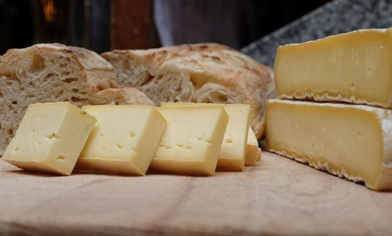 Сорта итальянского сыра: Страккино (Stracchino)