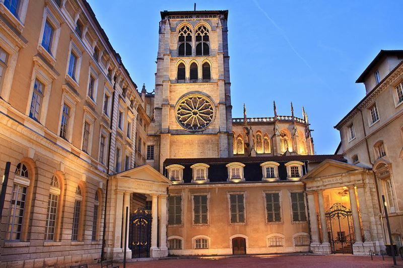 Крупные и красивые города Франции: архитектура Лиона