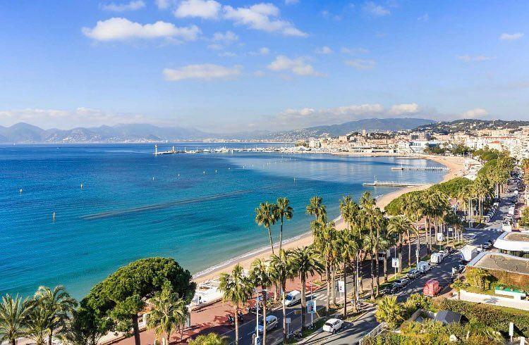 Крупные и красивые города Франции: набережная Круазетт в Каннах