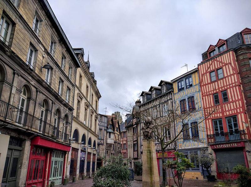 Крупные и красивые города Франции: старый город Руана с фахверковыми домами