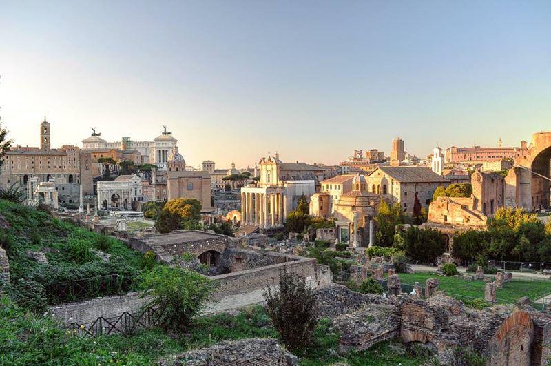 Крупные и красивые города Италии: Римский форум
