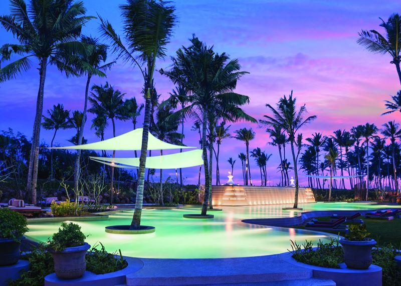 Shangri-La's Hambantota Golf Resort & Spa - отдых в окружении пальм в закатных красках